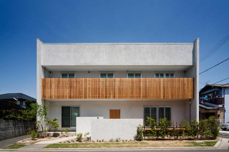 鳳南の家: 木の家プロデュース 明月社が手掛けた家です。