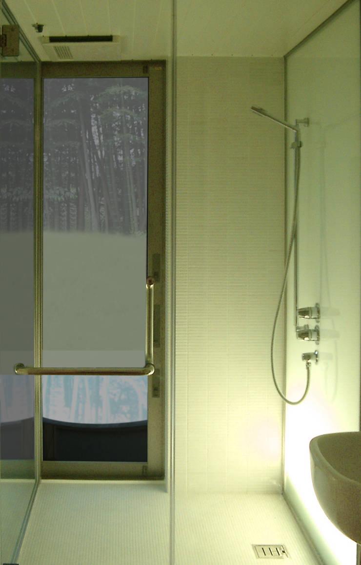 M-HOUSE内観5: 3*D空間創考舎一級建築士事務所が手掛けた浴室です。