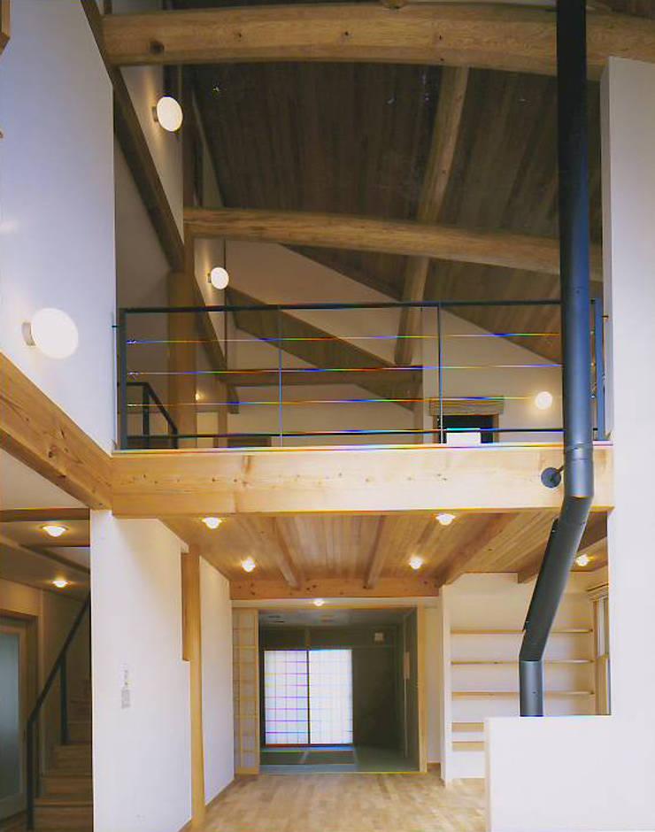 和邇の家(S邸新築工事): 有限会社 起廣プラン 一級建築士事務所が手掛けたダイニングです。