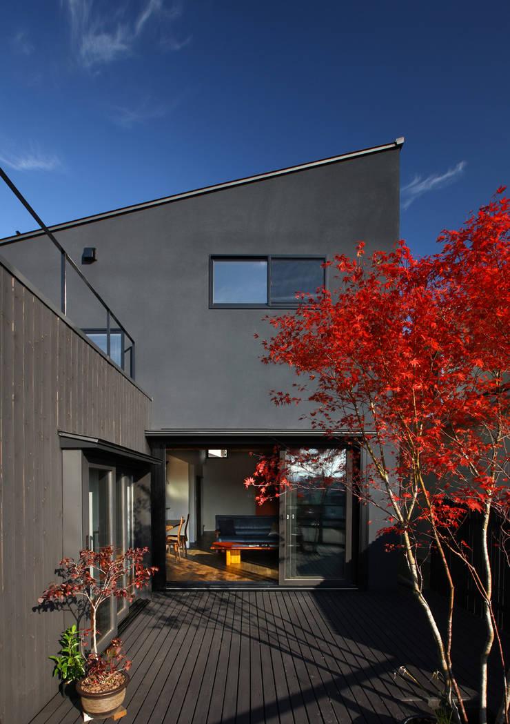 書斎茶藝館: アトリエハコ建築設計事務所/atelier HAKO architectsが手掛けたです。