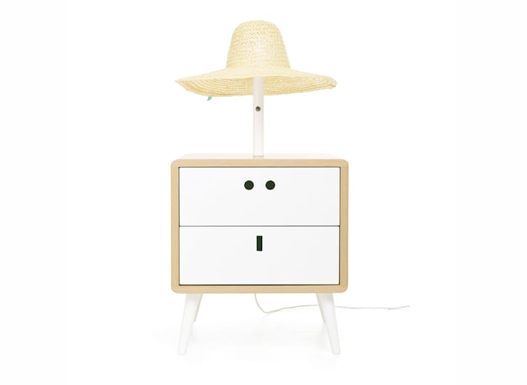 MARIA bedside table (front view of the standard option): Casa  por DAM