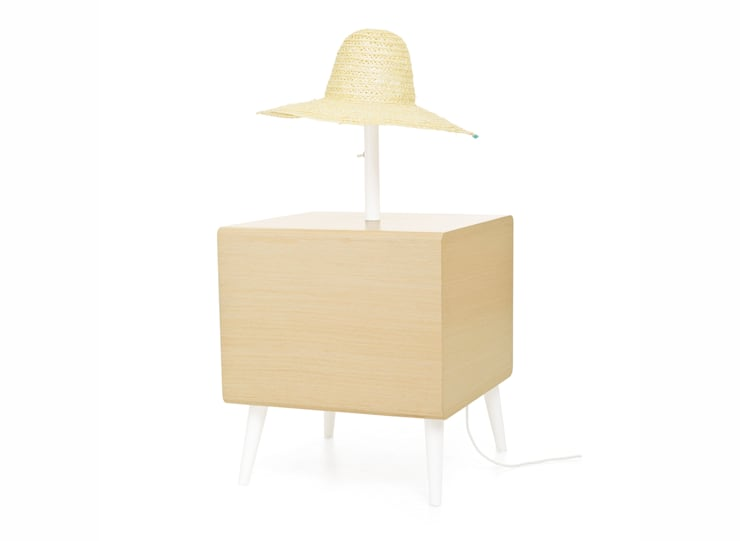MARIA bedside table (back view of the standard option): Casa  por DAM