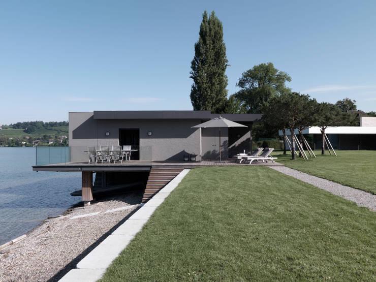 Einfamilienhaus am See:  Häuser von domus mea gmbh