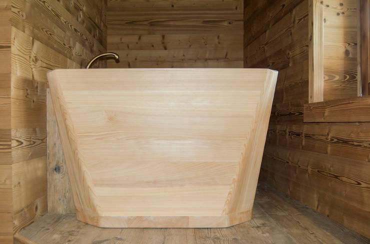 Baños de estilo rústico de RI-NOVO Rústico