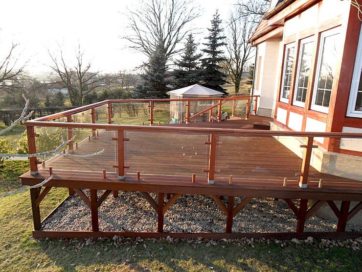 Taras drewniany w Cigacicach k. Zielonej Góry: styl , w kategorii  zaprojektowany przez PHU Bortnowski