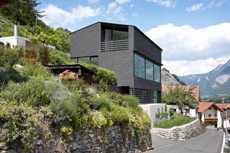 Projekty, nowoczesne Domy zaprojektowane przez Albertin Partner