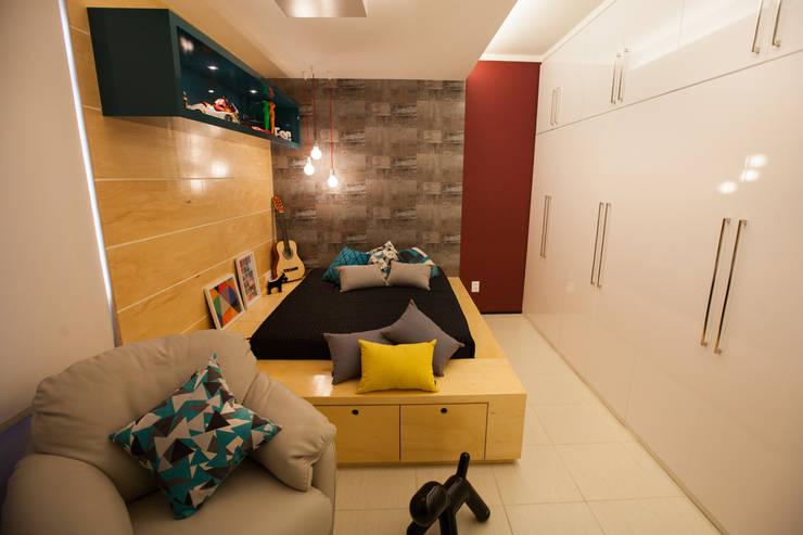 Passo3 Arquitetura: eklektik tarz tarz Yatak Odası