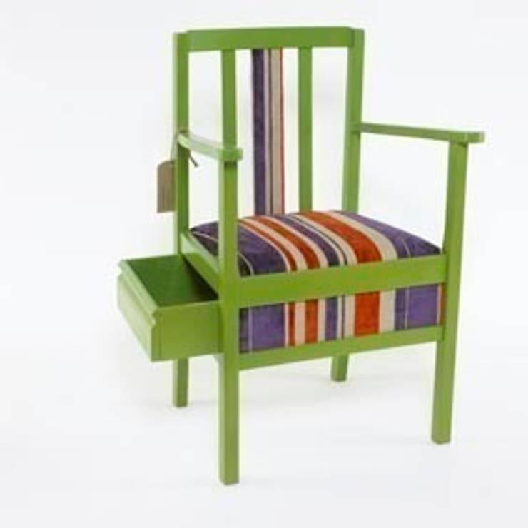 Camera da letto in stile in stile Eclettico di Donna Walker Design