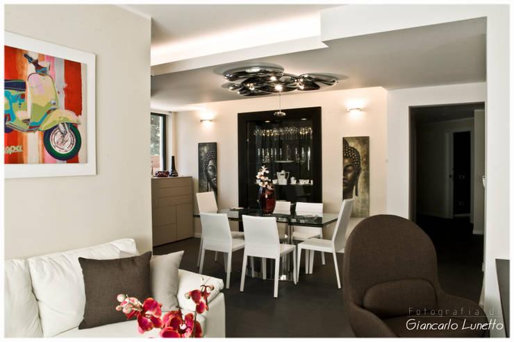 Ruang Makan by Ignazio Buscio Architetto