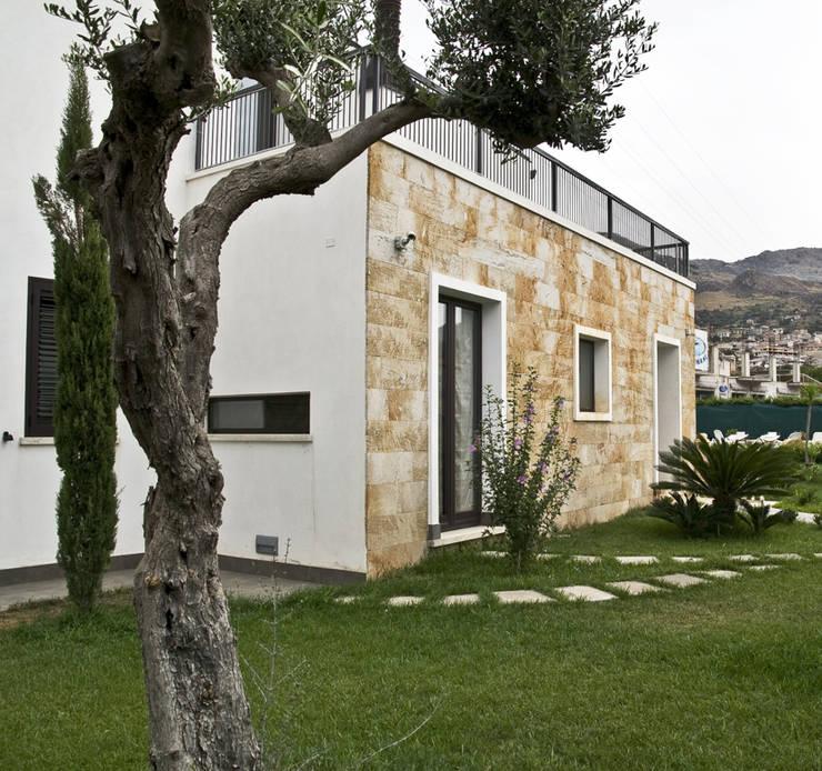 Residenza privata 4: Case in stile  di Ignazio Buscio Architetto