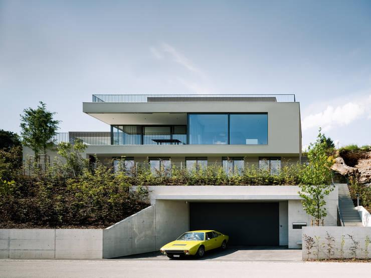 Südfassade Haus FK:  Häuser von Müller & Truniger Architekten ETH SIA