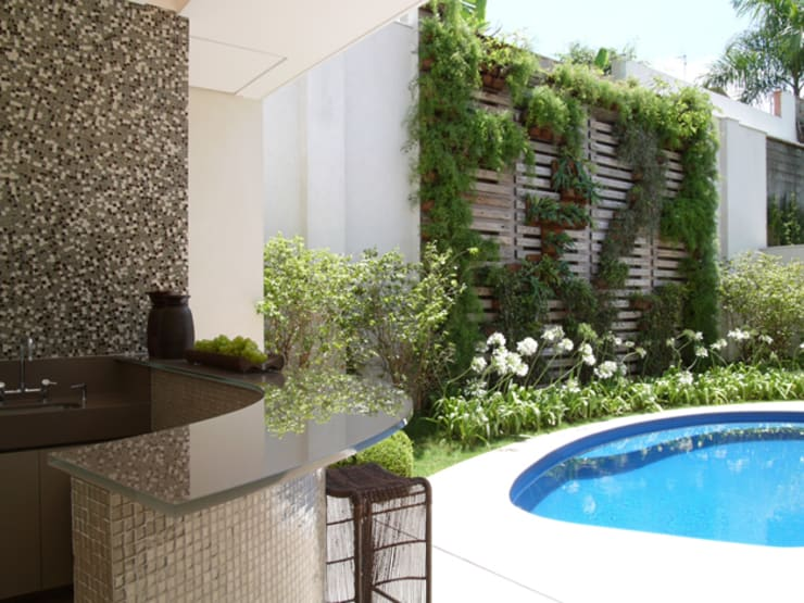 Сады в . Автор – Denise Barretto Arquitetura