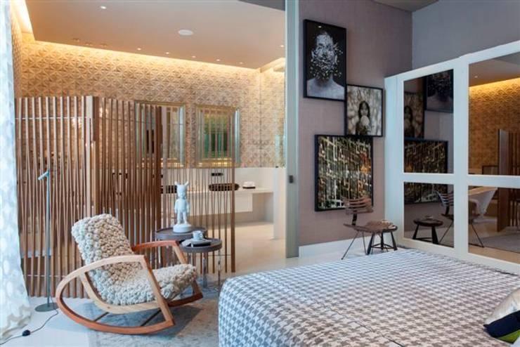 Projekty,  Sypialnia zaprojektowane przez Denise Barretto Arquitetura