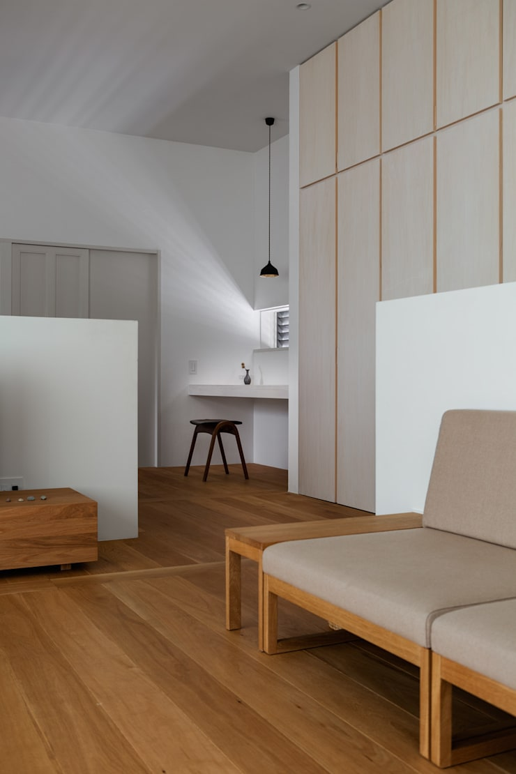 奈坪の家 / House in Natsubo: 水野純也建築設計事務所が手掛けた壁です。