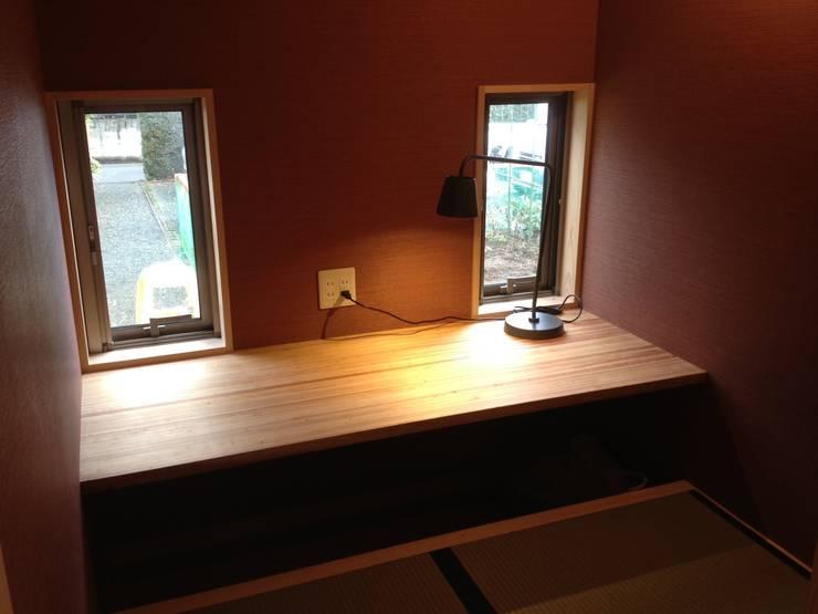 小さな平屋の家: FAD建築事務所が手掛けた和室です。