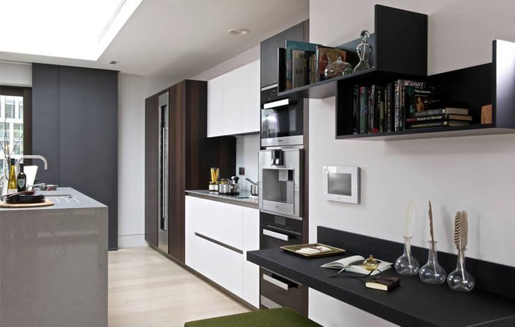 modern Kitchen by The Manser Practice Architects + Designers