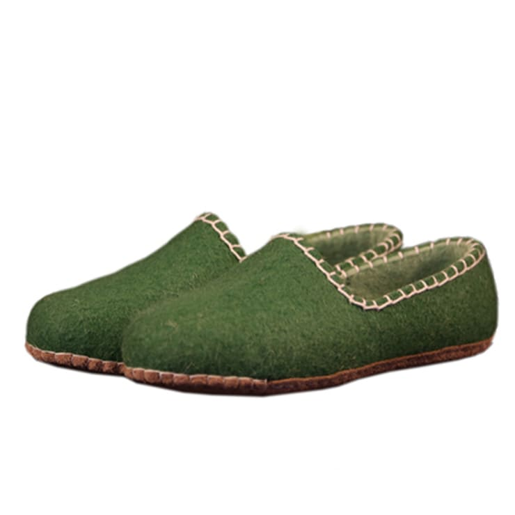 Vilten damesslof Feston green:   door esgii, Landelijk