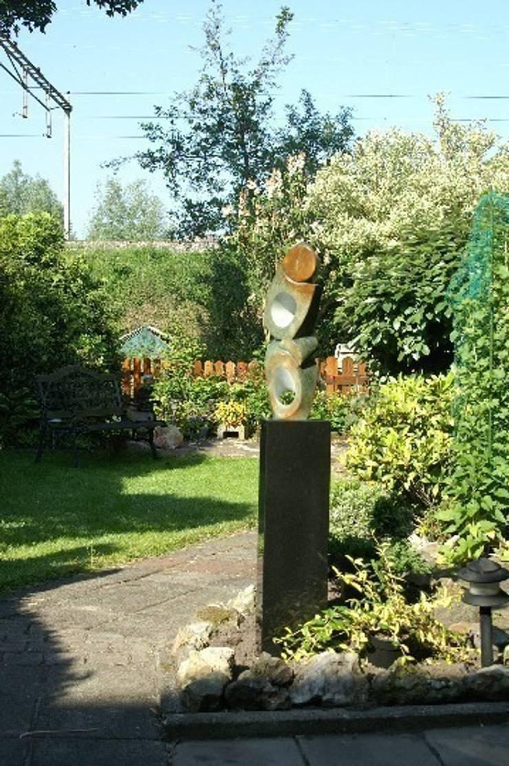 Sokkels voor buitengebruik:  Tuin door Solits