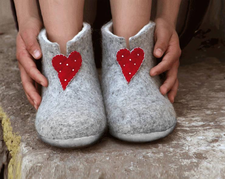 Vilten damesslof Heart mule grey:   door esgii