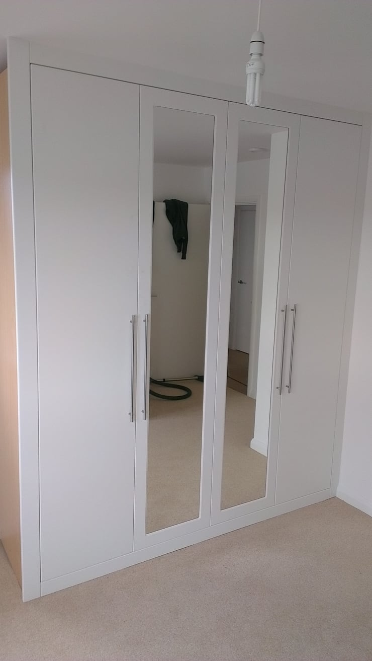 White Ed Wardrobe With Mirrored Doors Bedroom By Capital Bedrooms And Kitchens