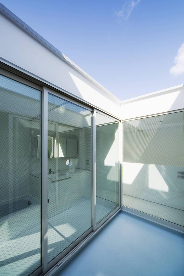 SHABON: 株式会社カワイ設計工房が手掛けた庭です。,モダン