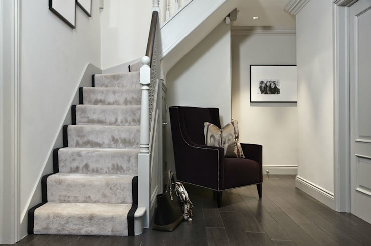 Upper Park, Loughton:  Corridor, hallway & stairs by Boscolo