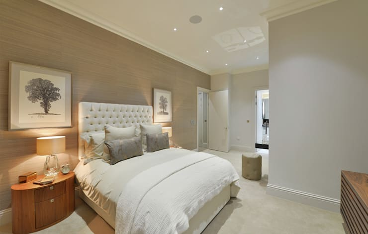 Leman Street:  Bedroom by The Manser Practice Architects + Designers