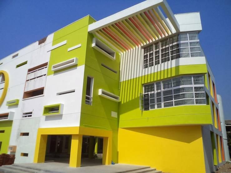 VISHWAKSENA VIDYA VIKAS SCHOOL:  Schools by Muraliarchitects