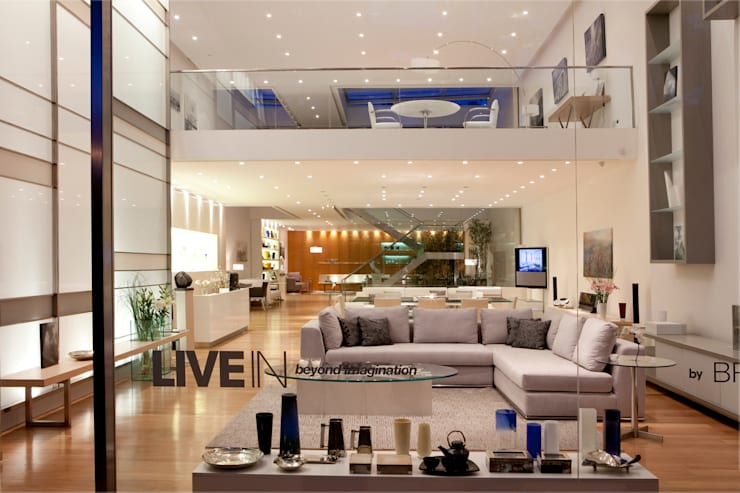 Showroom LIVE IN: Livings de estilo  por LIVE IN