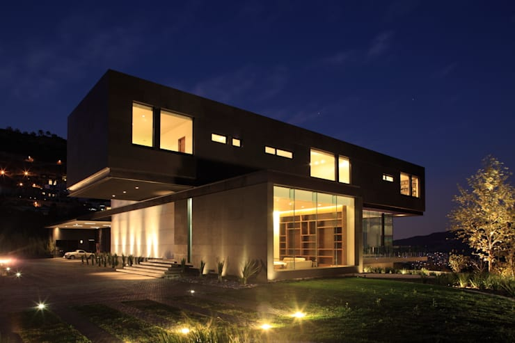 Projekty, nowoczesne Domy zaprojektowane przez GLR Arquitectos