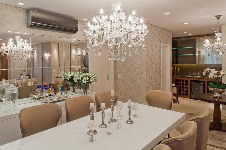 Comedores de estilo  por Mariane e Marilda Baptista - Arquitetura & Interiores,