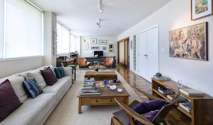 Apartamento Ministro Godói: Salas de estar modernas por Natalia Necco Arquitetura