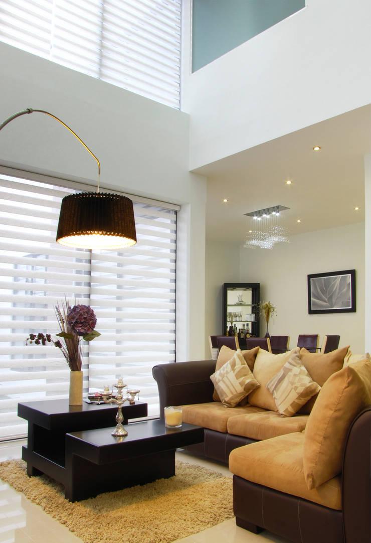 Vista Interior- Sala: Salas de estilo  por Estudio Meraki