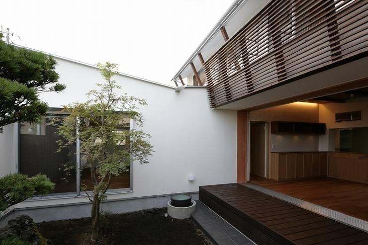 Yokono ARC: 平林繁・環境建築研究所が手掛けた庭です。