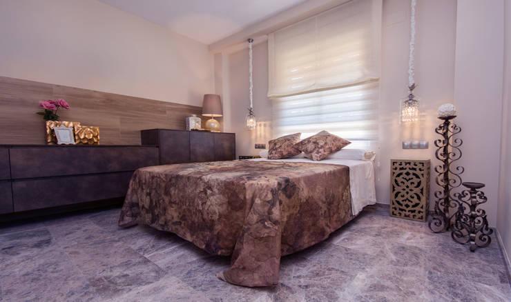 Dormitorio en suite: Dormitorios de estilo  de Apersonal