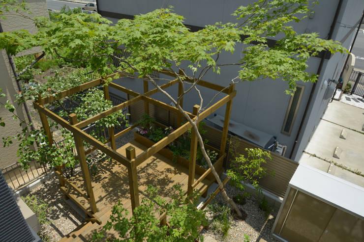 Casas de estilo moderno por T's Garden Square Co.,Ltd.
