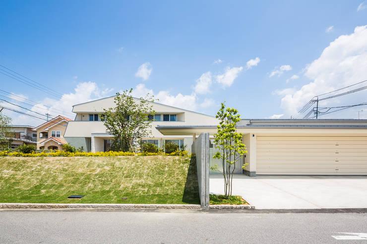 บ้านและที่อยู่อาศัย by 梶浦博昭環境建築設計事務所