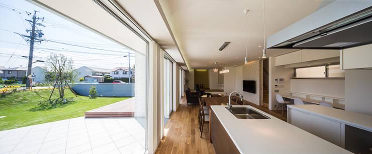 白珪の家: 梶浦博昭環境建築設計事務所が手掛けたダイニングです。