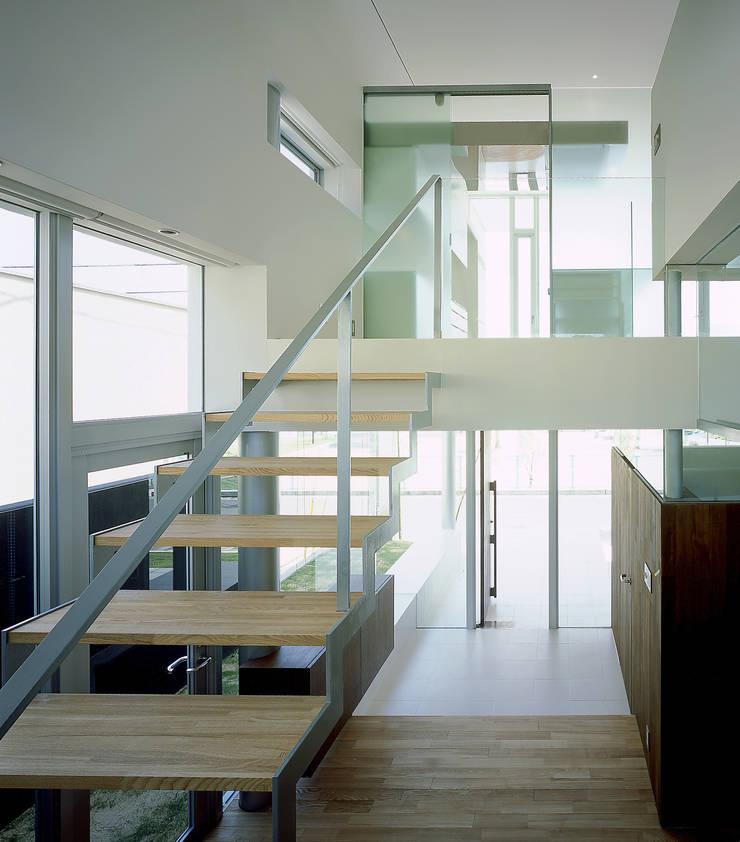 Corridor, hallway by アトリエ環 建築設計事務所, Modern