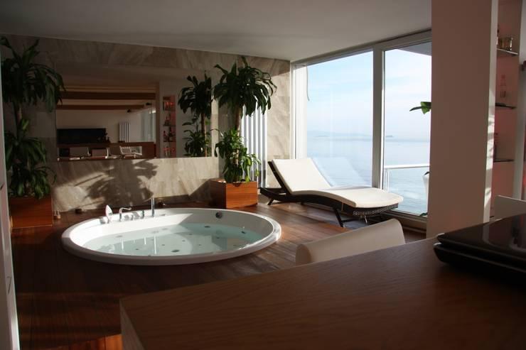 Paisajismo de interiores de estilo  de Luce mutfak&banyo