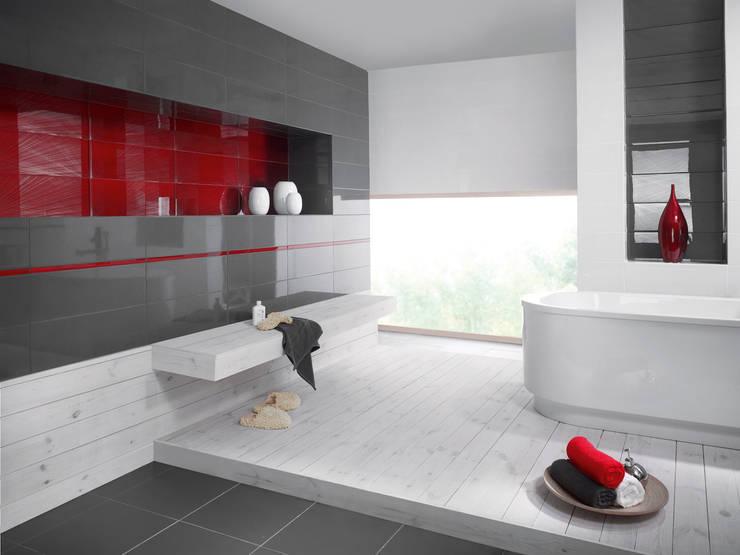 tropical Bathroom by Ceramika Paradyż