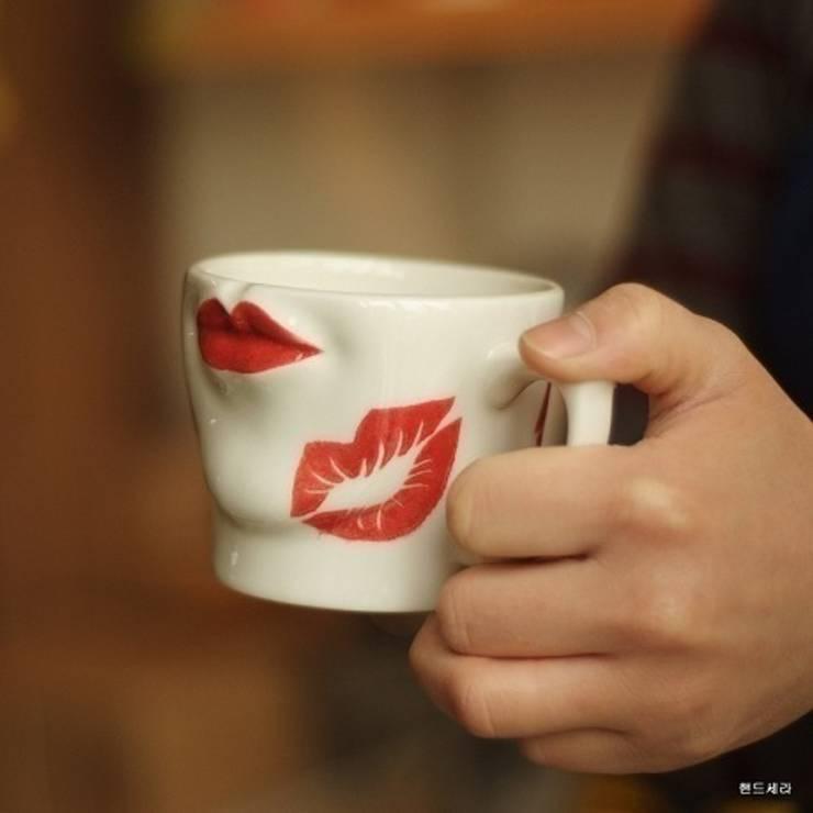섹시 절정 입술컵: HANDCERA(핸드세라)의  주방