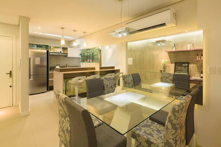 Salas de jantar  por C. Arquitetura