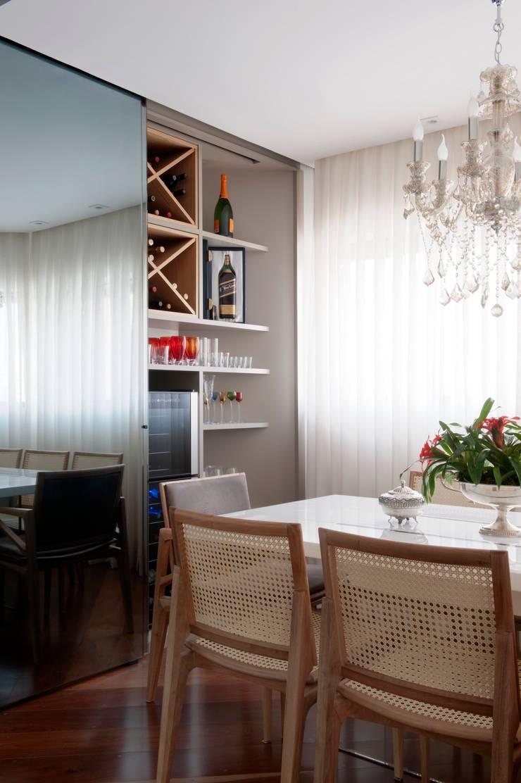 Bodegas de vino de estilo  por Jamile Lima Arquitetura, Moderno