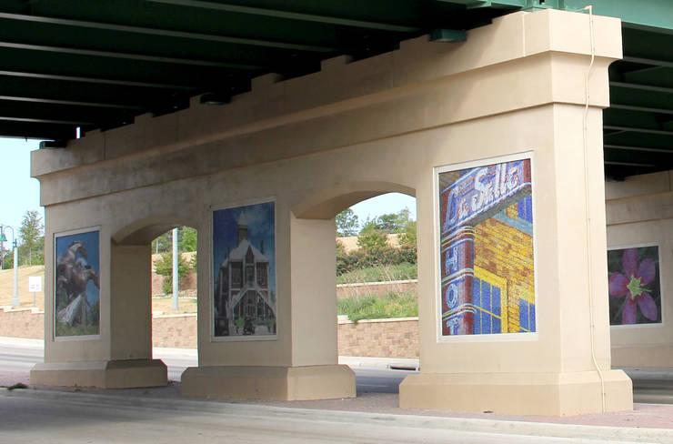 COLLEGE STATION: Pasillos y recibidores de estilo  por alto diseño en  mosaico