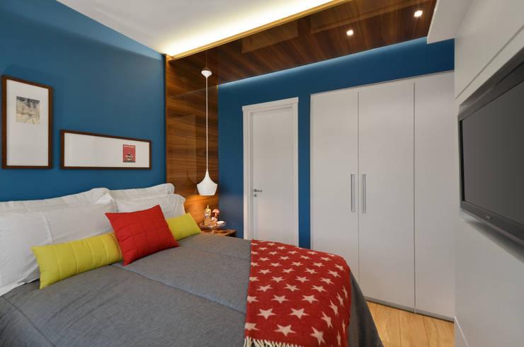 Modern style bedroom by CR Arquitetura&paisagismo Modern