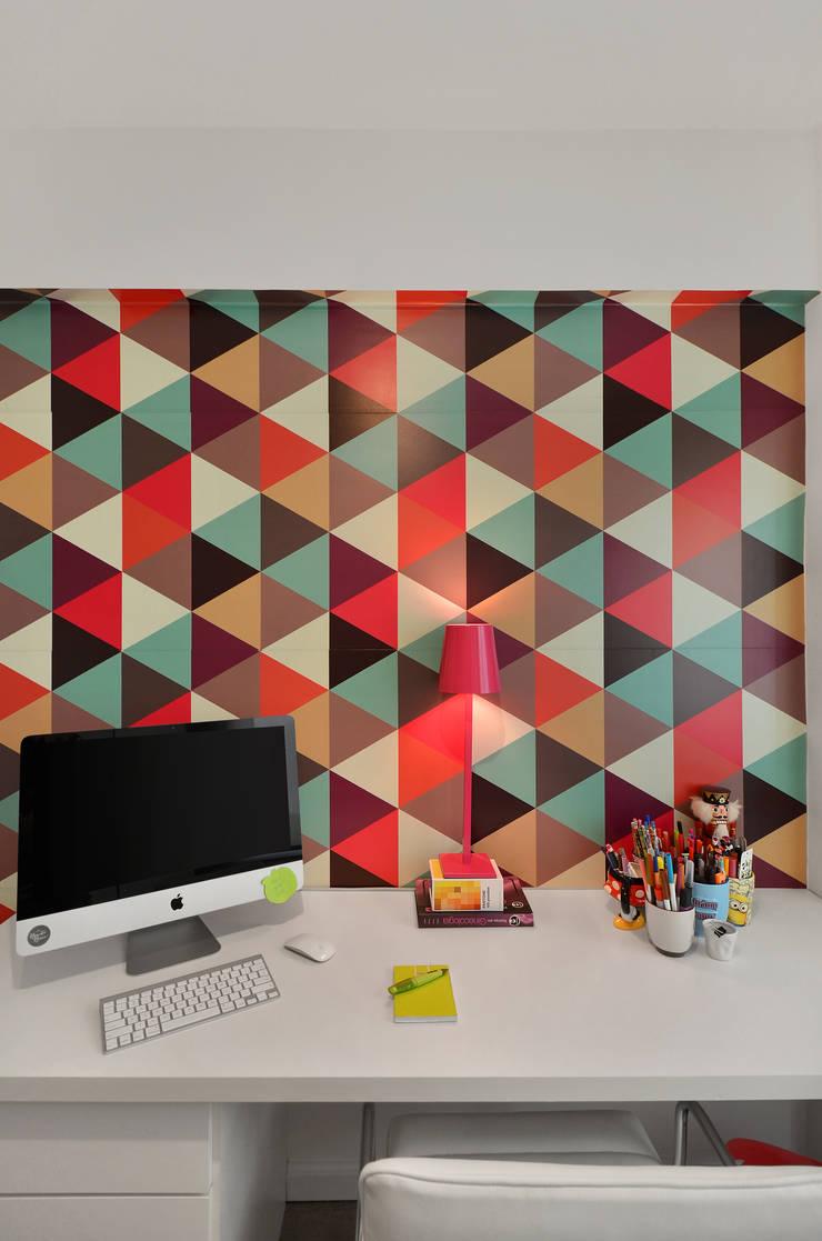 Modern style study/office by CR Arquitetura&paisagismo Modern