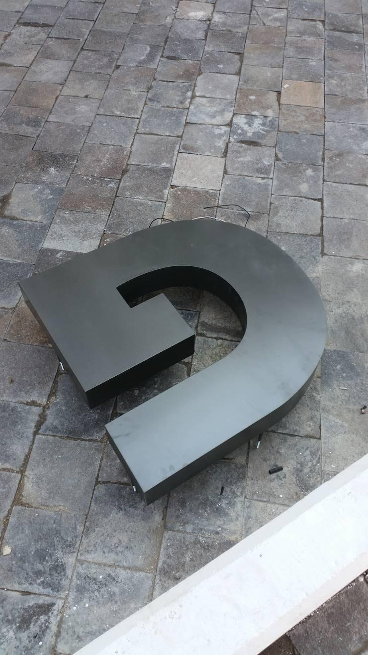 Proyectos: Hogar de estilo  por Diseñería 72ocho10