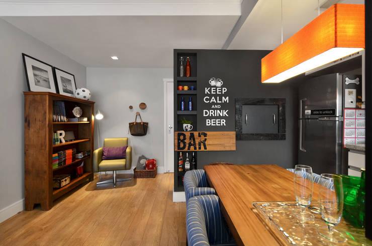 Apartamento RM : Salas de jantar  por CR Arquitetura&paisagismo