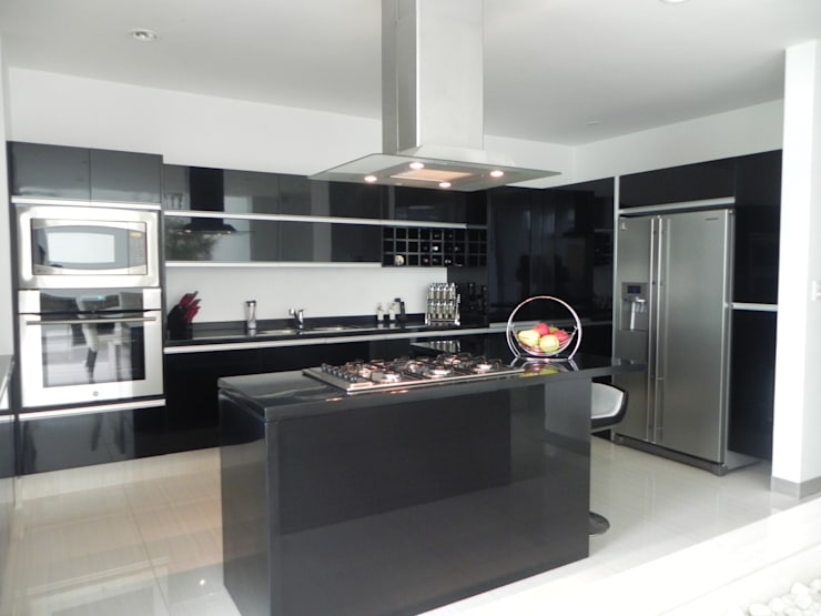 Kitchen by ARKIZA ARQUITECTOS by Arq. Jacqueline Zago Hurtado